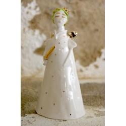 Porcelianinis rankų darbo angeliukas