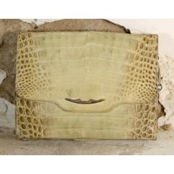 Krokodilo odos rankinė