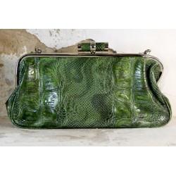 Žalia, ryški rankinė