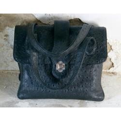Juodos spalvos rankinė