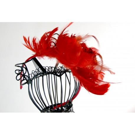 Rankų darbo lankelis, dekoruotas plunsknomis