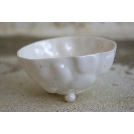 Rankų darbo porcelianinis indelis