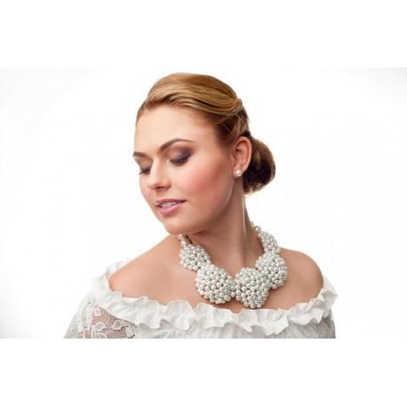 Rankų darbo, masyvus perlų vėrinys