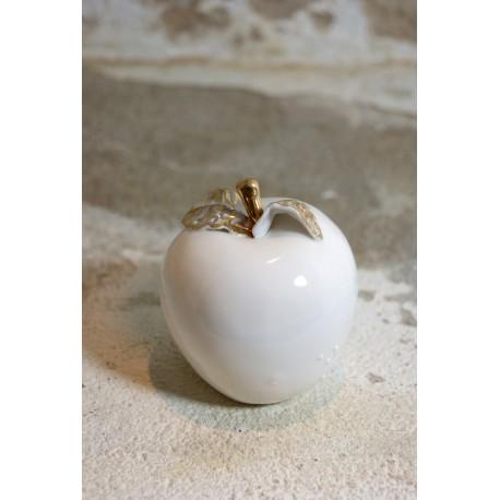 Porcelianinis rankų darbo obuoliukas