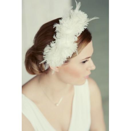 Plaukų lankelis dekoruotas plunksnomis