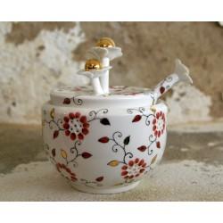 Porcelianinis rankų darbo cukrinė